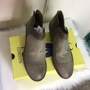 NIB Fly London Boots